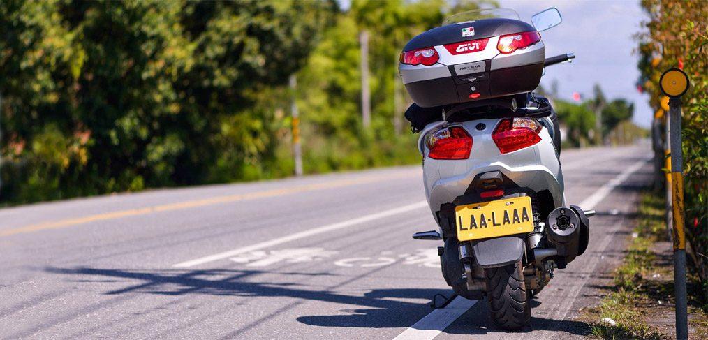 22879758800 Cinco consejos para viajes de larga distancia en moto